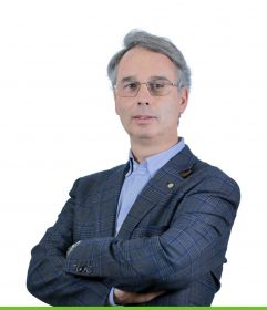 """Director Geral""""Forreta e Viajante"""""""